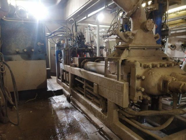 Výroba amontáž dílů komorového podavače